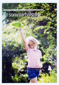 Bild på Vykort- Sommarhälsning flicka